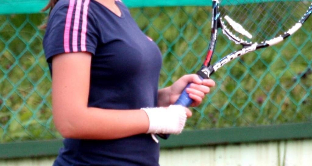 теннис в кирове: травма
