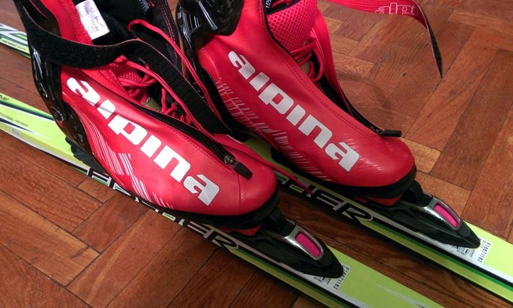 Ботинки Alpina на лыжах без NIS